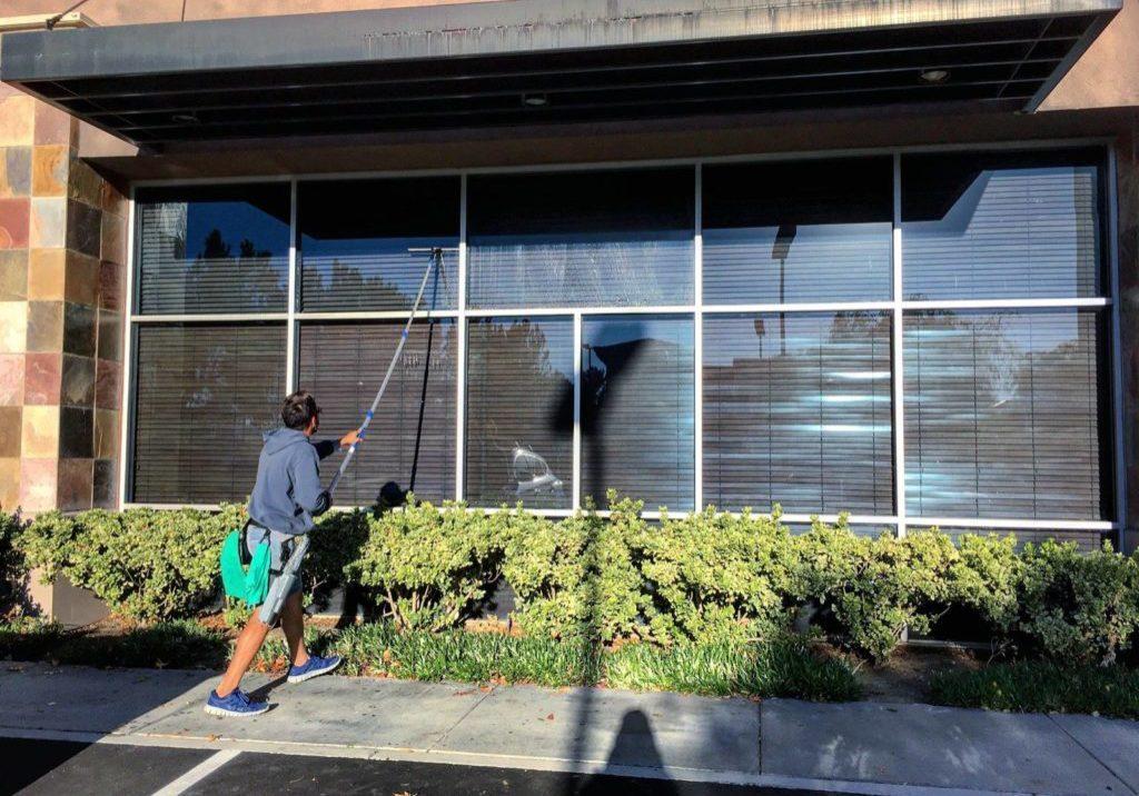 Entreprise de Nettoyage vitres à Lyon