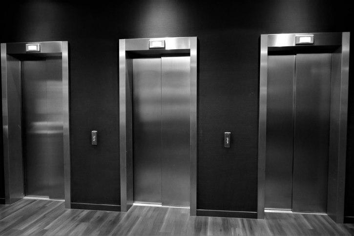 Nettoyage de Cabines d'Ascenseurs 1