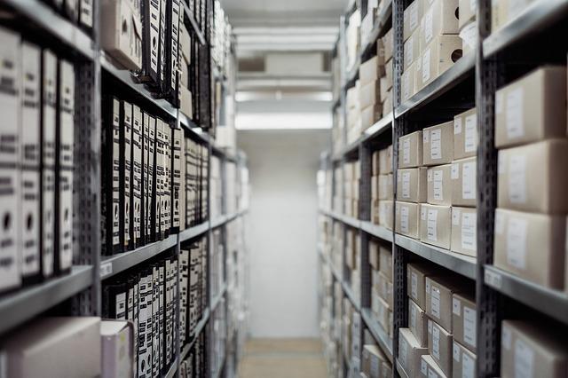 Déménagement et tri des Archives